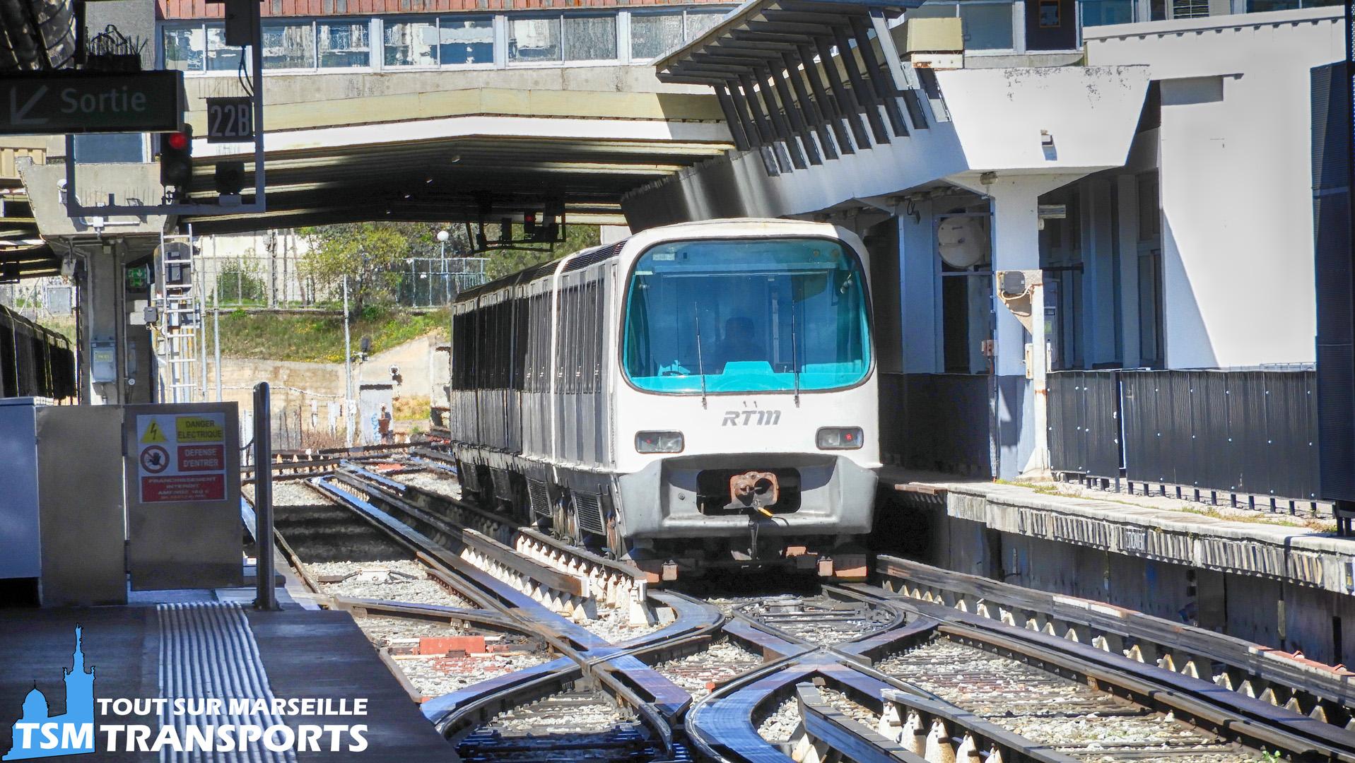 Alstom MPM76 dans l'arrière gare de la Station La Rose