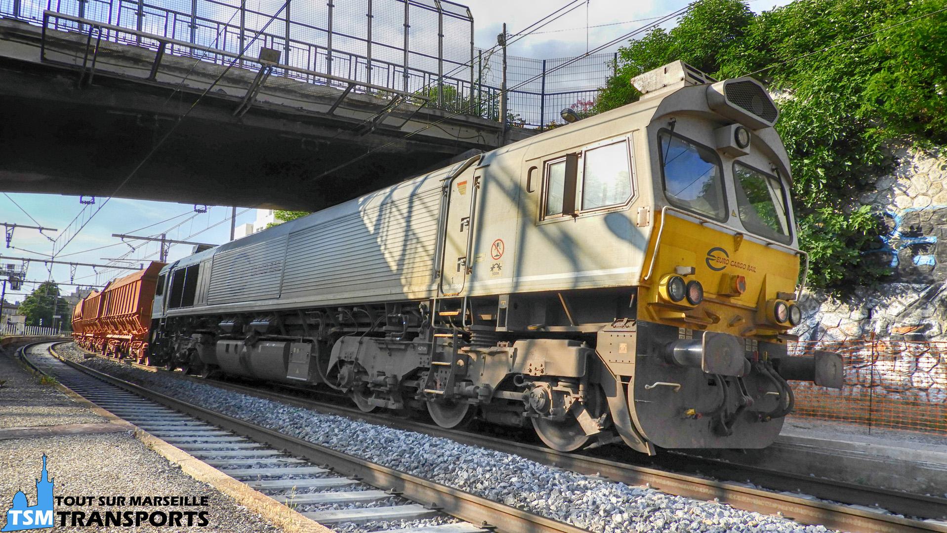 EMD Class77 qui assure le train de bauxite, exceptionnellement en déviation à la Gare de Marseille Blancarde