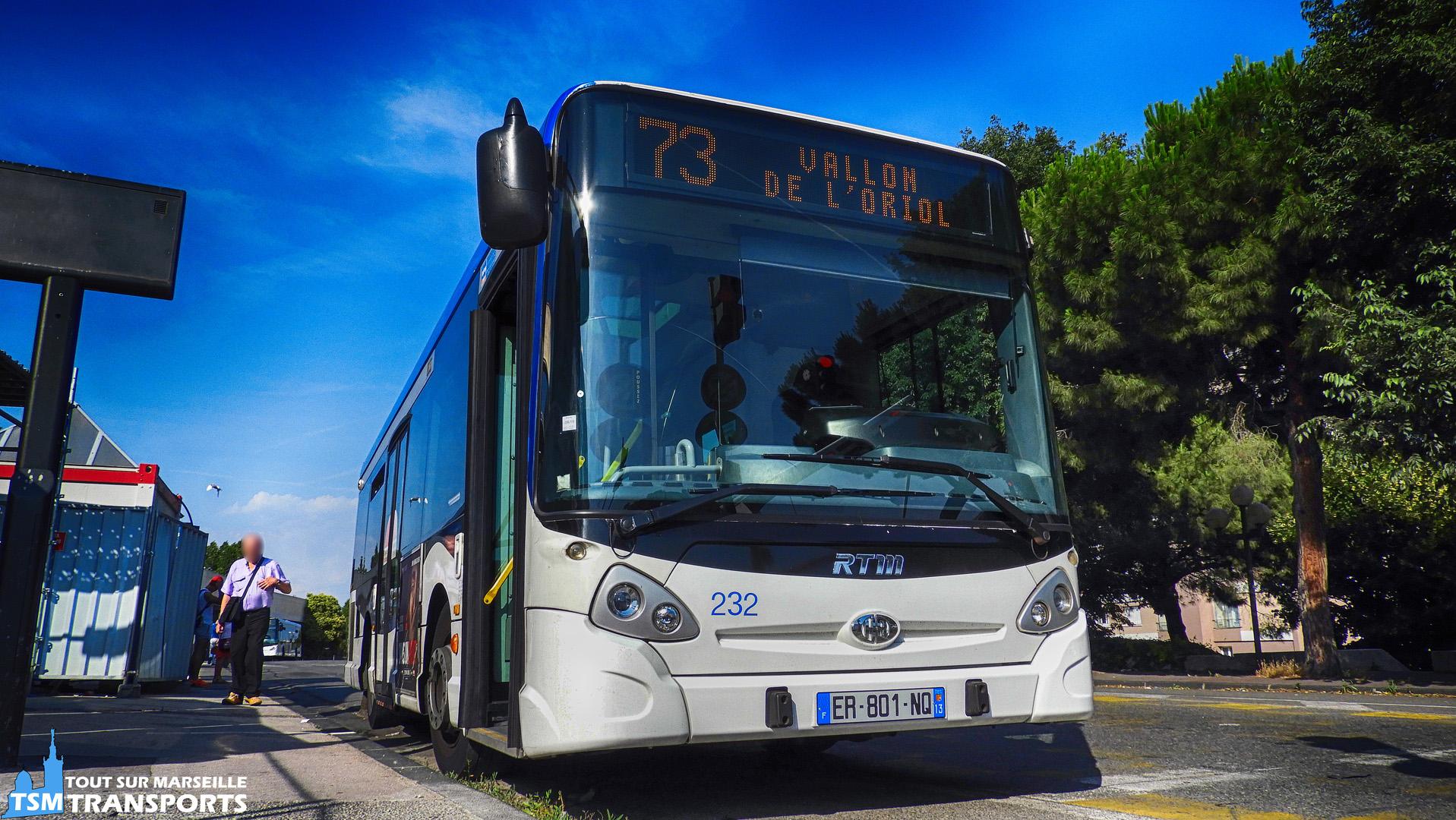 Heuliez Bus GX127 RTM N°232 à la gare d'échange du Métro Sainte Marguerite Dromel