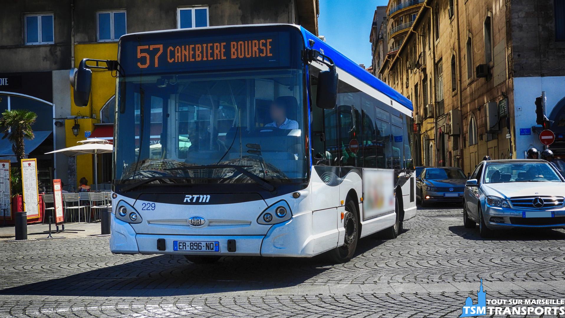 Heuliez Bus Gx127 RTM n°229 sur le vieux port