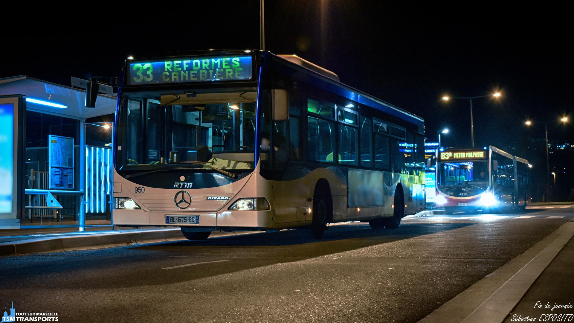 Un soir au terminus de Saint Jérôme Parking Relais, les bus de la ligne 33 et B3a s'y reposent avant de repartir en ligne. . Voici ce Mercedes Benz Citaro 1 suivi juste après d'un Citaro 2 G Euro 5 BHNS un soir assez doux. . ℹ️ Mercedes Benz Citaro 1 RTM n°950 et Citaro 2 G Euro 5 BHNS n°2140. . 📍 Saint Jérôme Parking Relais, Rue du pebre d'ail, 14eme arrondissement de Marseille. . ↔️ 33 : Réformés Canebière - Saint Jérôme Parking Relais. . B3a : Métro Malpasse - Saint Jérôme Parking Relais. . 📸 Nikon D5600. . 📷 Nikkor 18-55mm. . 📅 4 Décembre 2018 à 19:10. . 👨 Sébastien ESPOSITO.