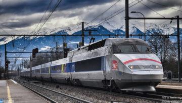 TGV au bandeau rouge 🔴