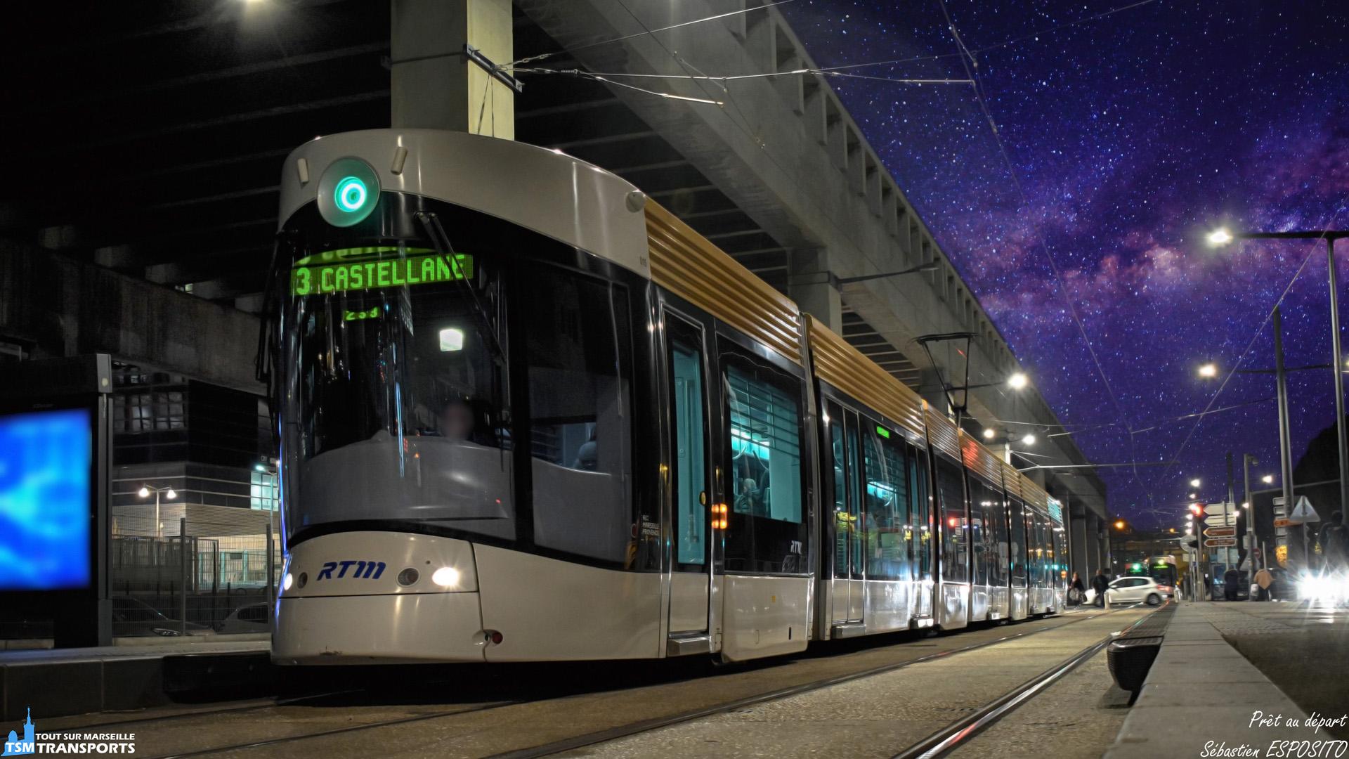 Le signal de la fermeture complète des portes viens de retentir en cabine, le conducteur s'apprête à lancer les 8 moteurs de la rame n°15 vers Castellane, terminus de la ligne T3. . ℹ️ Bombardier Flexity Outlook Type C RTM n°015. . 📍 Arenc Le Silo, Boulevard de Paris, 2eme arrondissement de Marseille. . ↔️ T3 : Arenc Le Silo - Castellane. . 📸 Nikon D5600. . 📷 Nikkor 18-55mm. . 📅 12 Décembre 2018 à 18:01. . 👨 Sébastien ESPOSITO.