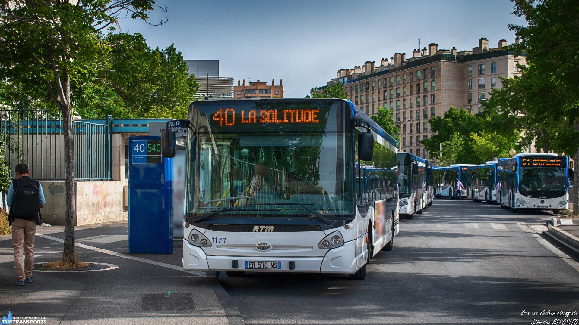 Sous un soleil de plomb, je retrouve de nouveau la 1177 spotter déjà quelques fois sur d'autres lignes du dépôt Saint Pierre. . Je la shoot cette fois ci sur la ligne 40 et au repos à la gare d'échange du Métro La Timone. . Retrouvez la avec le #rtm1177. . ℹ️ Heuliez Bus GX 327 RTM n°1177. . 📍 Métro La Timone, Boulevard Jean Moulin, 5eme arrondissement de Marseille. . ↔️ 40 : Métro La Timone - La Solitude. . 🖌️ Livrée Vague. . 📸 Nikon D5600. . 📷 Nikkor 18-55mm. . 📅 24 Juin 2019 à 18:14. . 👨 Sébastien ESPOSITO.