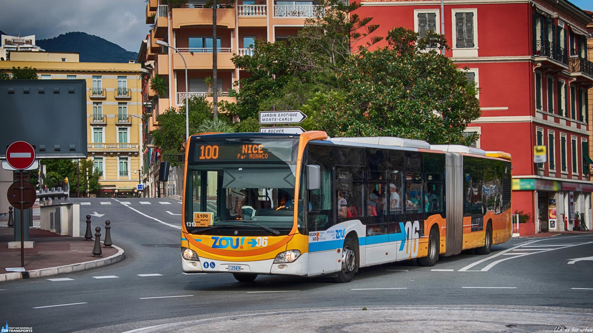 On a souvent l'habitude de voir des autocars sur les Lignes Express Régionales et pourtant il existe des exceptions, sur la French Riviera, des bus urbains et même articulés circulent sur une relation Nice - Menton. . Ici un Citaro 2 articulé, revêtu d'une livrée patchwork Lignes d'azur / Zou, vulgairement collé sur chaque côté, traverse la place du Canton, dans la Principauté de Monaco et fonce en direction de Nice. . ℹ️ Mercedes Benz Citaro 2 G Euro 6 Transdev RLM n°1313. . 📍 Place du Canton, 98000 Monaco. . ↔️ LER 100 : Menton - Nice. . 📖 Transdev RLM : Transdev Rapides Littoral Monégasques. . 📸 Nikon D5600. . 📷 Nikkor 18-55mm. . 📅 29 Septembre 2019 à 15:09.